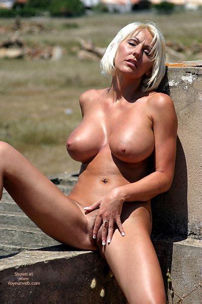 Large Tits June Voyeur Web Hall Of Fame