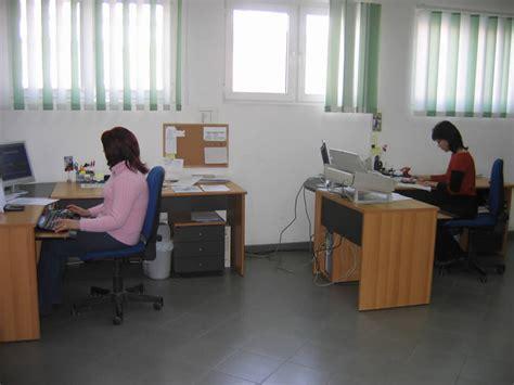Ufficio Export - pierikshoes le nostre strutture