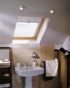 Rollos Für Badezimmer : wohlf hlklima in ihrer dachwohnung mit dachfenster rollo schaffen ~ Markanthonyermac.com Haus und Dekorationen