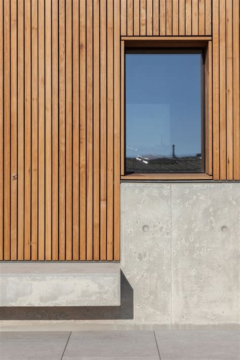 Thin Window Sill by Modern Exterior Window Details