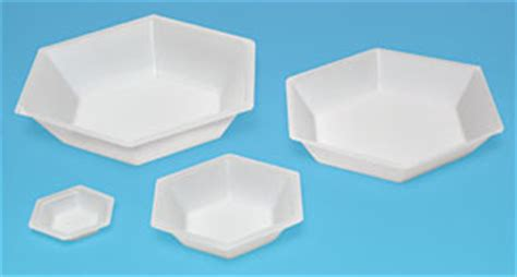 Disposable Weighing Boats by Weighing Dishes Pouring Boats And Mixing Dishes