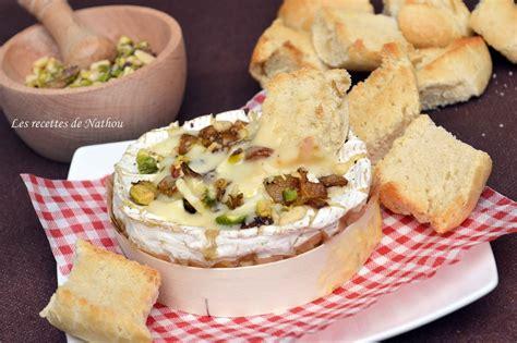 recette de cuisine camembert au four camembert au four avec ses oignons confits au balsamique