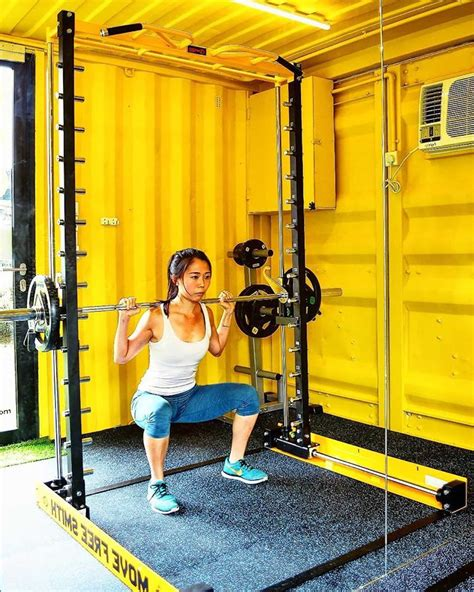 gym pod  singapores  smart capsule gym  open   charges  hour shout