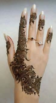 henne mariage plus de 25 idées mains tatouées au henné tendance sur dessins au henné pour la