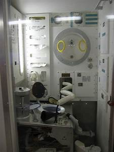 International Space Station Bathroom - Pics about space