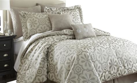 calming  bedroom  ivory bedding sets decohoms