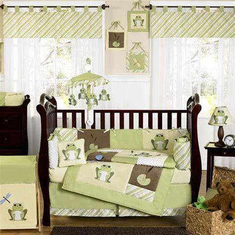 chambre bébé verte chambre bébé vert anis