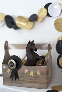 Pinata Basteln Pferd : mitgebsel pferde kindergeburtstag einladungs men und platzkarten pinterest dekoration ~ Frokenaadalensverden.com Haus und Dekorationen