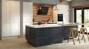 Küche Schwarz Matt : k che in schwarz matt oder hochglanz was ist besser k chenfinder magazin ~ Markanthonyermac.com Haus und Dekorationen