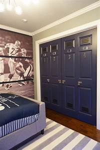 Best 25 boys football bedroom ideas on pinterest for Dallas cowboys wall decals for kids rooms