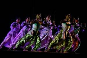 Pics For > Indian Modern Dance Costumes