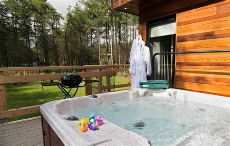 Luxury Lodges In Yorkshire With Hot Tubs