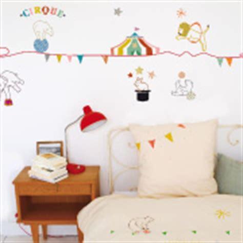 chambre cirque chambre enfant cirque dco et mobilier berceau magique