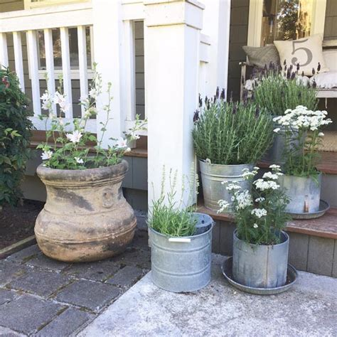 The Best Diy Spring Porch Decorating Projects