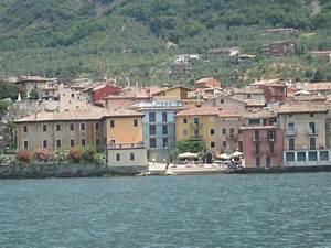Haus Am Gardasee : ferienwohnungen und ferienh user am lago di garda gardasee die informationsseite ~ Orissabook.com Haus und Dekorationen