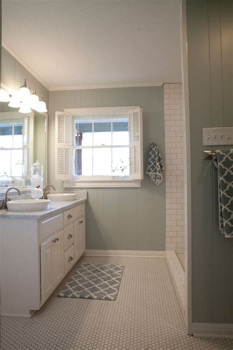 Color For Bathroom by As Seen On Hgtv S Fixer This Is How We Should Do