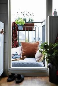 Sonnenschirm Für Kleinen Balkon : kleinen balkon gestalten laden sie den sommer zu sich ein ~ Indierocktalk.com Haus und Dekorationen