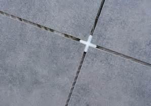 Joint Pour Carrelage : poser joint carrelage terrasse ~ Melissatoandfro.com Idées de Décoration