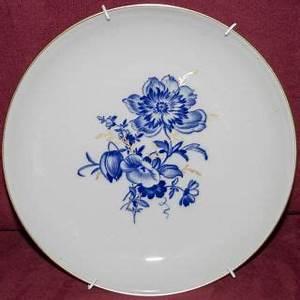 Geschirr Mit Blumen : porzellan keramik porzellan nach marke herkunft meissen geschirr antiquit ten ~ Frokenaadalensverden.com Haus und Dekorationen