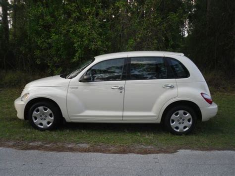 Sell Used 2006 Chrysler Pt Cruiser Automatic Very Clean