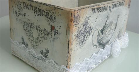 Vintage Shabby Chic Box For Biscuits