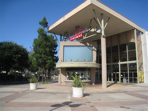 AMC Temecula 10 in Temecula, CA - Cinema Treasures