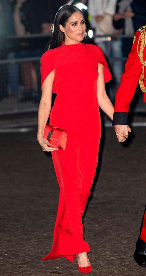 Why Meghan Markle's Final Evening Look 'Exuded Power ...