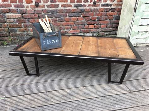 table basse palette industrielle table basse industrielle palette sncf lequai pro