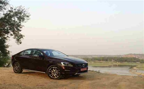exclusive volvo  cross country review carandbike
