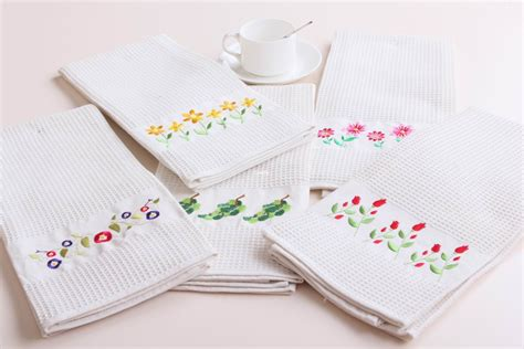kitchen towel embroidery designs embroidery kitchen towels http lomets 6314