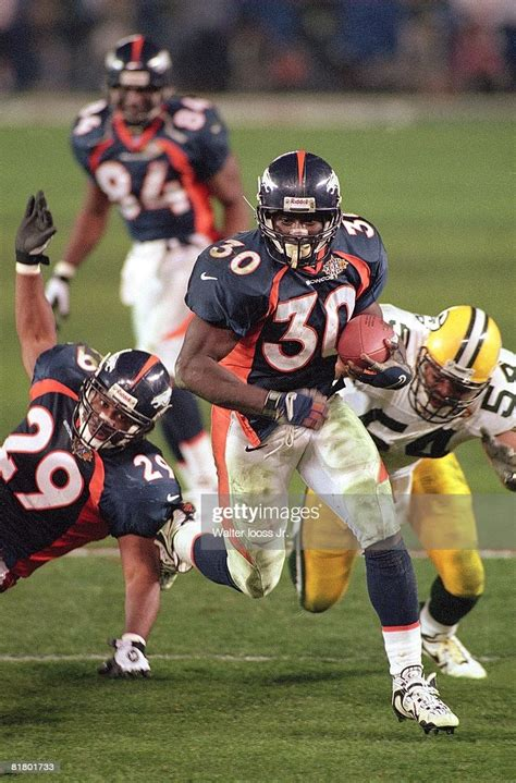 Super Bowl Xxxii Denver Broncos Terrell Davis In Action