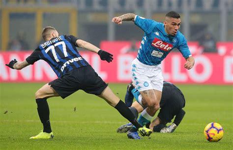 Internazionale aproveita tropeços do Milan e cola na ...