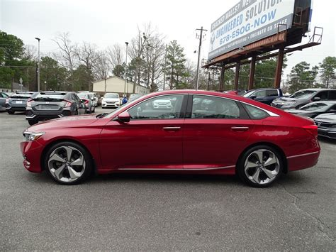 2018 Honda Accord 2 0t Touring by Pre Owned 2018 Honda Accord Sedan Touring 2 0t 4dr Car In