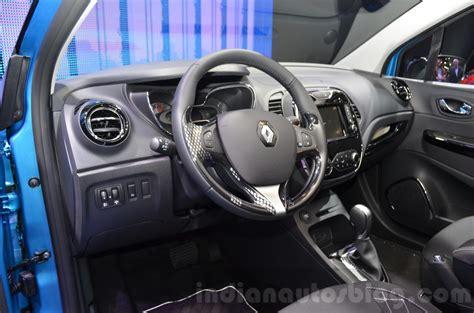renault captur interior 2016 renault captur interior at the 2016 geneva motor show