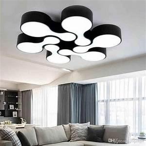 Deckenlampe Wohnzimmer Modern : die besten 17 ideen zu deckenlampe wohnzimmer auf pinterest ~ Frokenaadalensverden.com Haus und Dekorationen