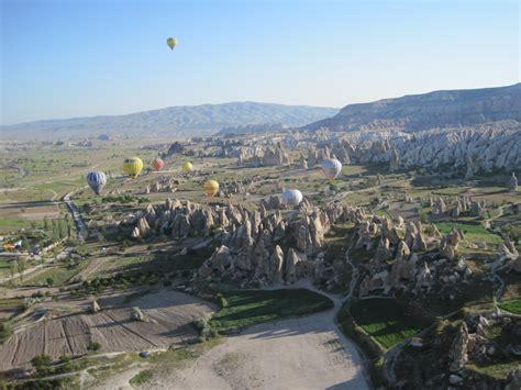camini delle fate turchia sospesi sui camini delle fate viaggi vacanze e turismo