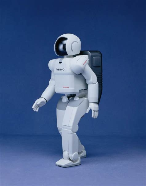 My English Blog First Robot Able To Develop And Show