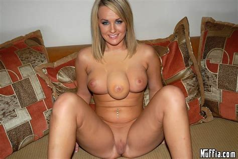 red hot nude amature