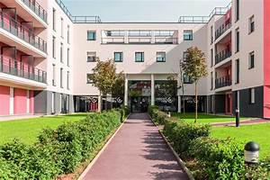 St Cyr L école : condo hotel appartcity st cyr l 39 ecole saint cyr l cole france ~ Medecine-chirurgie-esthetiques.com Avis de Voitures