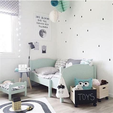 chambre bébé montessori la couleur mint dans la chambre bébé et accessoires déco mint
