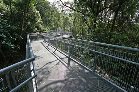 தெலுக் பிளாங்கா) is a subzone region and housing estate located in the area behind keppel harbour in bukit merah, singapore. What to See - Telok Blangah Hill Park - Parks & Nature Reserves - Gardens, Parks & Nature ...