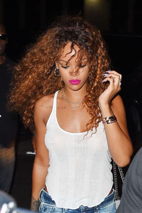 Rihanna Braless 8 Photos Thefappening