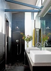 Decoration Petite Salle De Bain : une petite salle de bain design c 39 est possible marie ~ Dailycaller-alerts.com Idées de Décoration