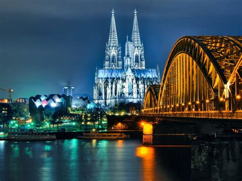 cologne cathedral  hohenzollern bridge  night desktop