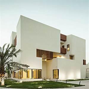 Box House Ii    Massive Order