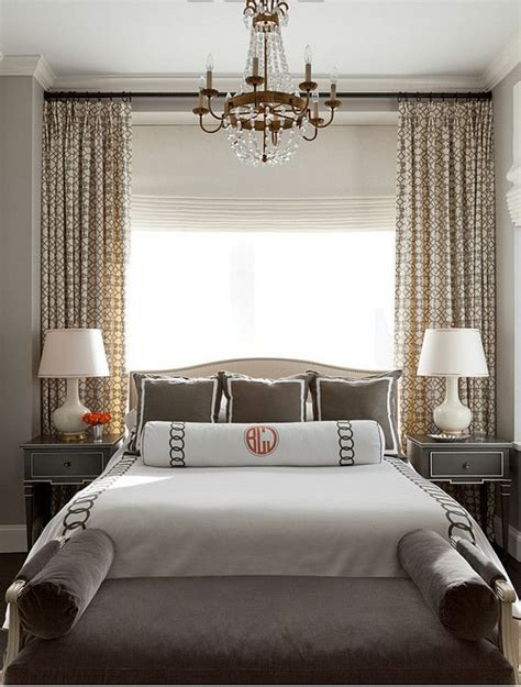 Chair Rail In Bedroom by 1000 Ideas About Bedroom Window Treatments On Pinterest
