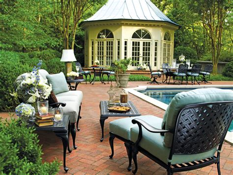 summer classics luxury outdoor furniture