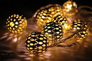 Christmas Lights NOTD Make Up Your Mind