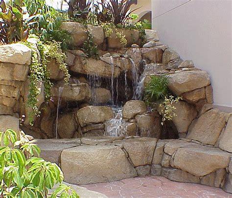 cascade d eau a l interieure et l exterieure de vos