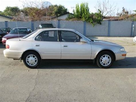 photo image gallery toyota camry in almond beige pearl 4j1